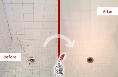 Before and After Picture of a Port Royal Bathroom Re-Caulked To Repair Damaged Caulking